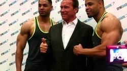 Hodge Twins meet Arnold Schwarzenegger at the Arnold Classic Expo (circa 2015)