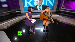 Tatiana Moroz Performs Love & Liberty on Breaking the Set