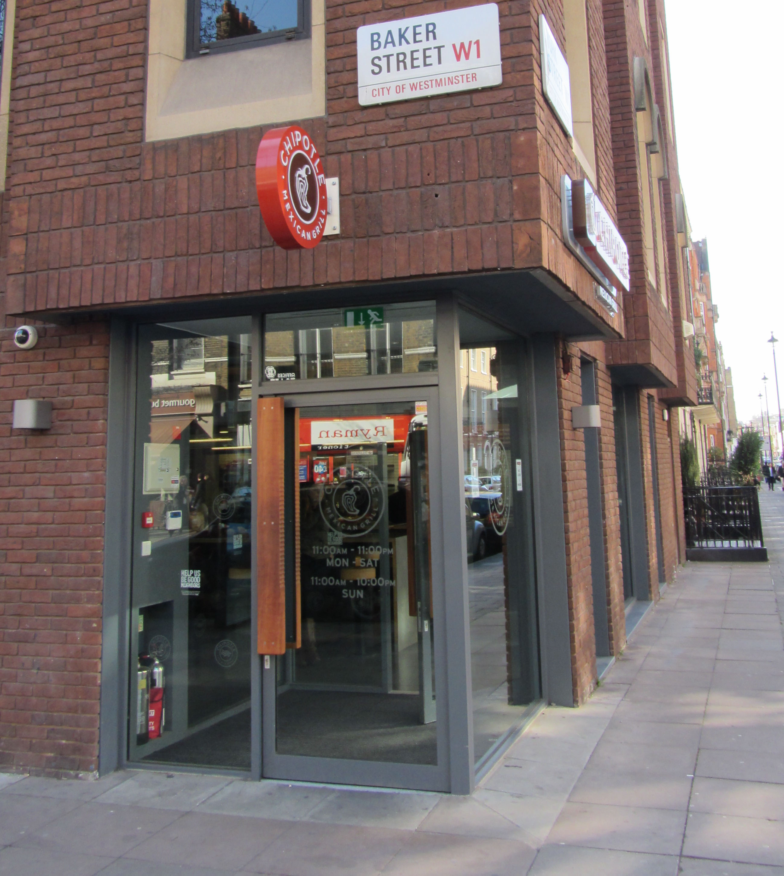 The second Chipotle Mexican Grill location in London, located on Baker Street
