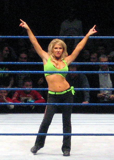 Jillian posing at the ring during a WWE house show in 2006.