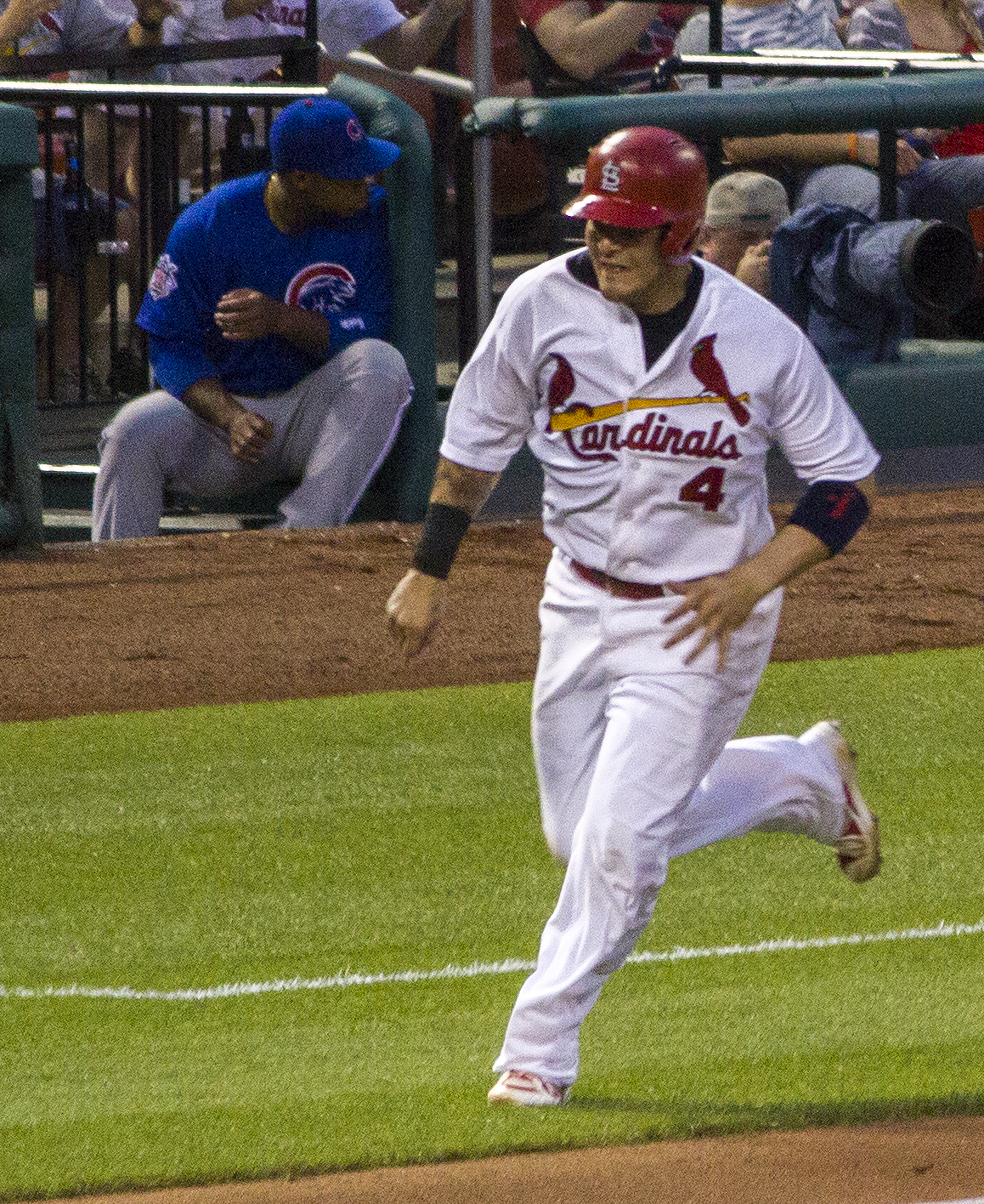Molina rounds third, St. Louis, 2013