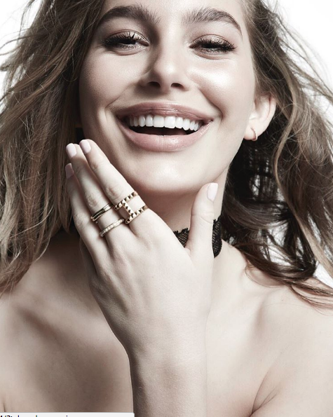 Camila Morrone model.