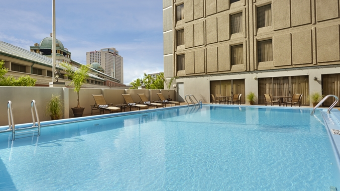 Outdoor Pool at DoubleTree New Orleans