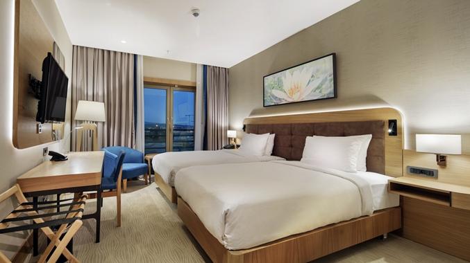 Guestroom, Overview