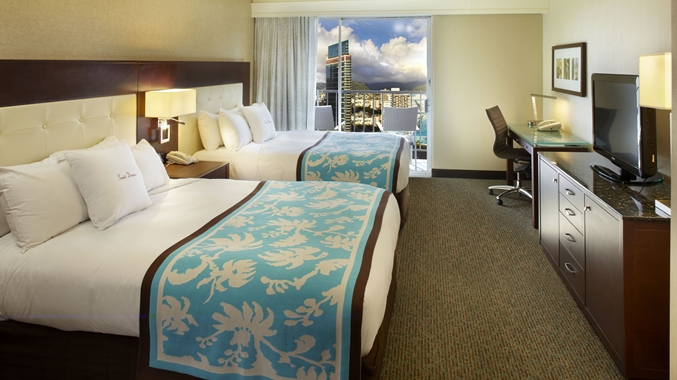 City/mountain View Room