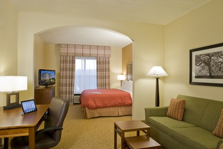 Studio Suite at the Country Inn & Suites in Anderson