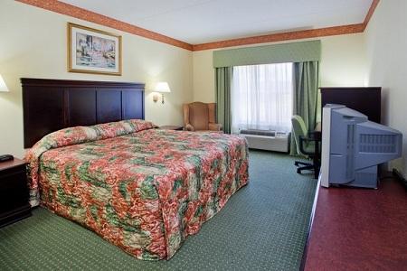 Hotel Guest Room in Calhoun, GA
