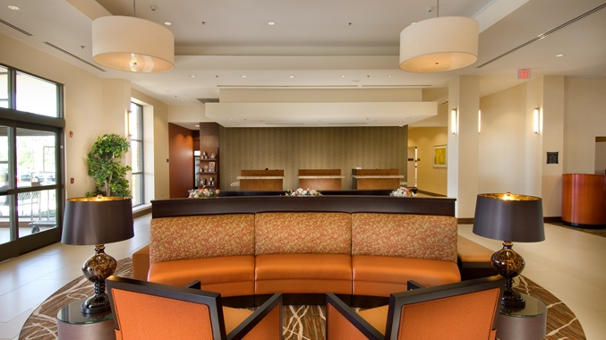 Doubletree Dulles Lobby