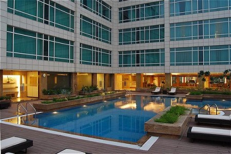 Sahibabad Lodging with Outdoor Pool