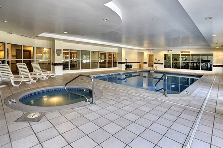 Six Flags Hotel with Indoor Pool