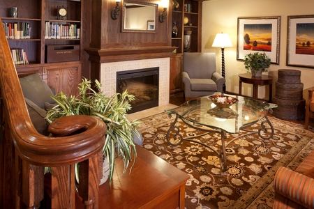 Welcoming Rocky Mount Hotel Lobby at the Country Inn & Suites