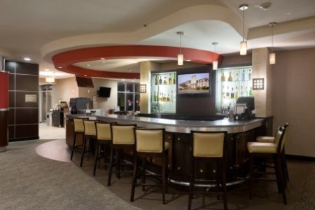 On-site Lobby Bar at Country Inn & Suites San Antonio Airport