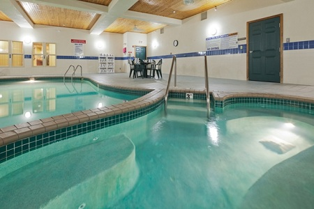 West Bend Hotel with an Indoor Pool
