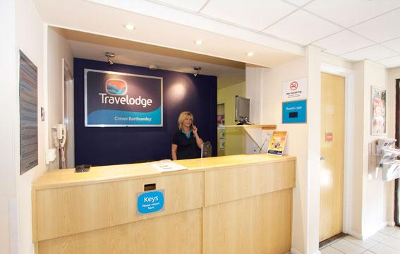 Crewe Barthomley - Hotel reception