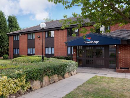 Hartlebury hotel-exterior