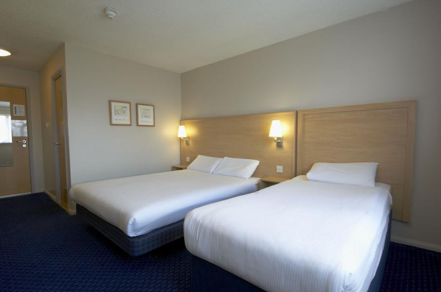 Cork Airport - Twin room