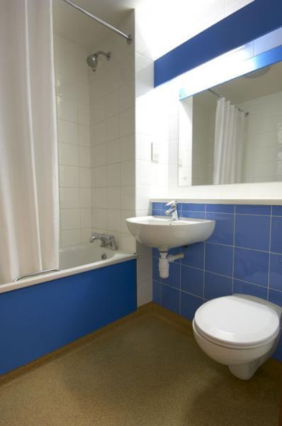 Dublin Airport North 'Swords' - Double family bathroom