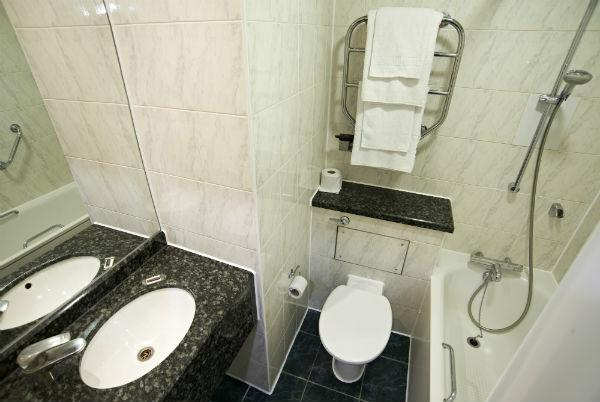 London Kings Cross Royal Scot Hotel - Bathroom