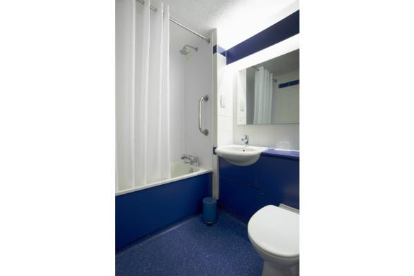 Manchester Ancoats- Family Bathroom