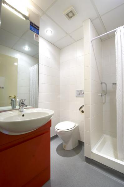 Dublin City Centre Rathmines - Double bathroom