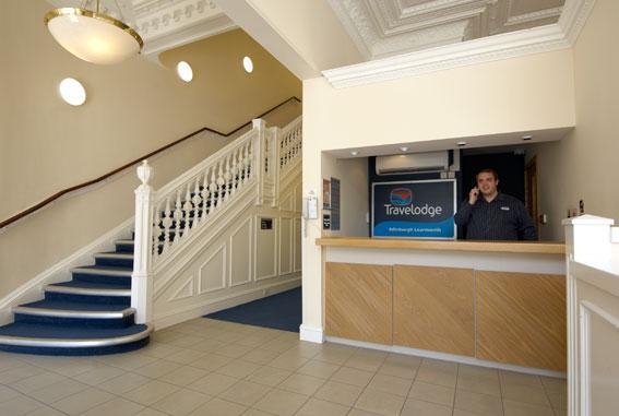 Edinburgh Learmonth - Hotel reception