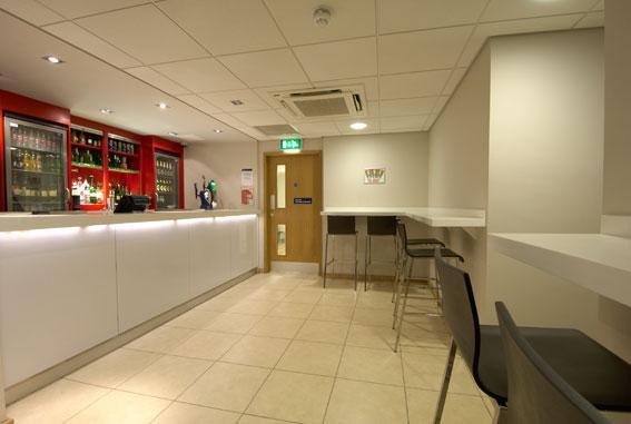 Edinburgh Learmonth - Bar Cafe