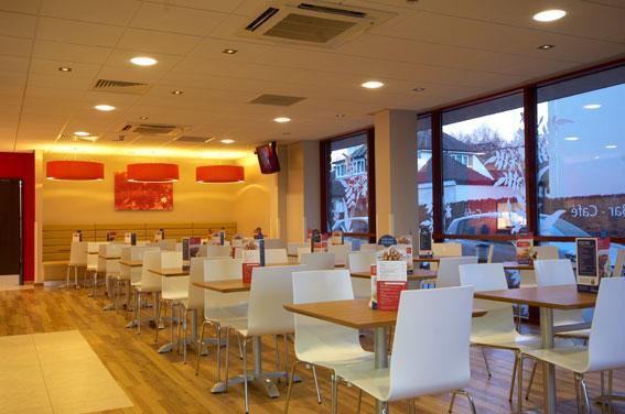 Paignton Seafront - Bar Cafe