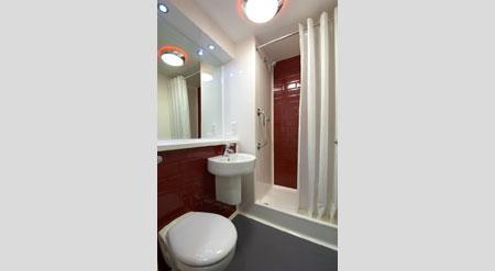 London Sidcup - Double bathroom