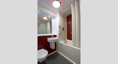 London Sidcup - Family bathroom