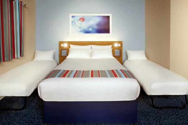Ashbourne Hotel - Family room
