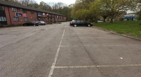 Medway M2 - Hotel car park