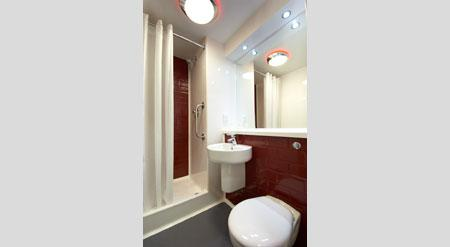 Birmingham Central Moor Street - Double bathroom
