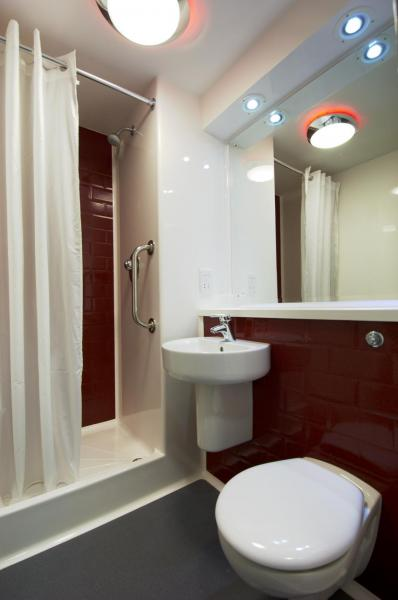 London Bromley- Double bathroom