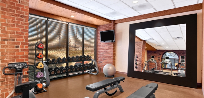 Fitness Center, Weights