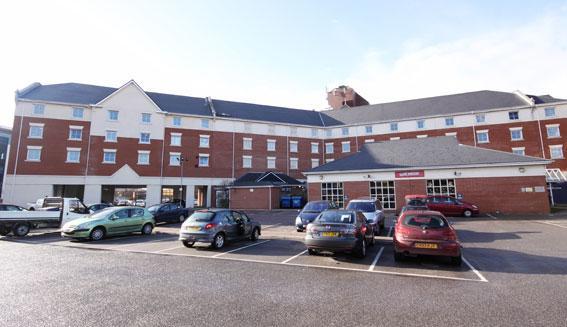 Portsmouth - Hotel car park