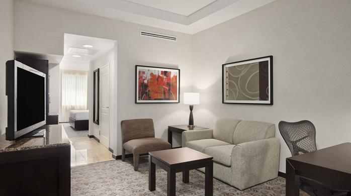 1 King 1 Bedroom Evolution Suite