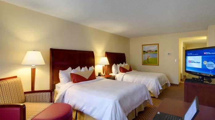 2 Queen Guest Room