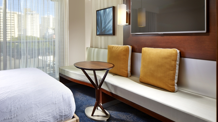 Guest Room, Seating