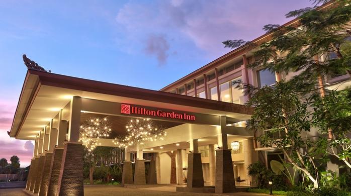 Hilton Garden Inn Bali Ngurah Rai Airport Hotel, ID -The Lobby Entrance