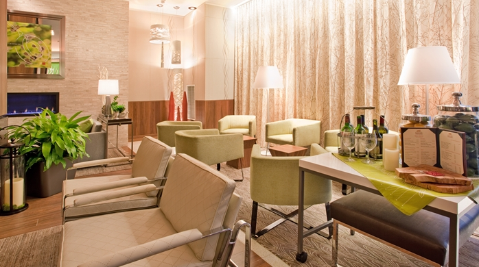 Lobby Pavilion Lounge