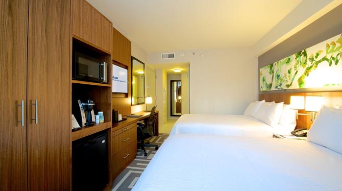 Double Queen Suite Room