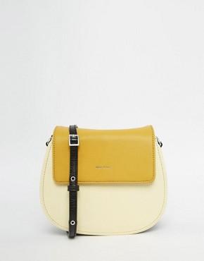 Matt & Nat Saddle Across Body Bag in Lemon