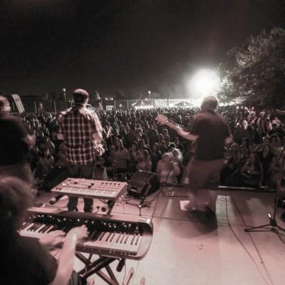 Villagefest 2012 with Mento Buru