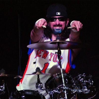 Vinny Massaro as Mike Portnoy