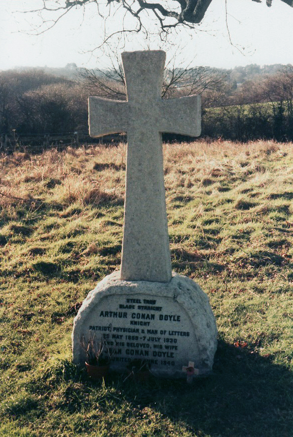 Doyle's grave at Minstead, England