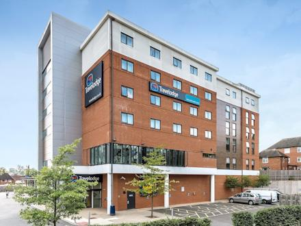 Travelodge: Newcastle-Under-Lyme Central Hotel