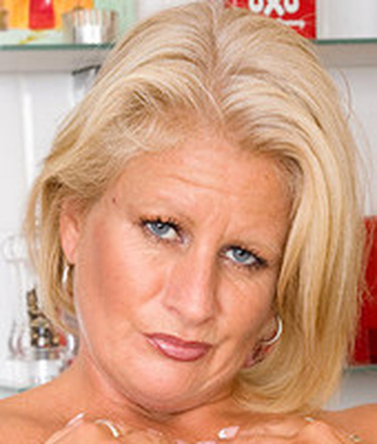 Robyn Ryder