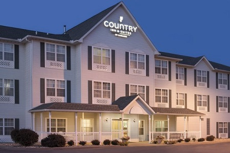 Country Inn & Suites: Moline Airport, IL