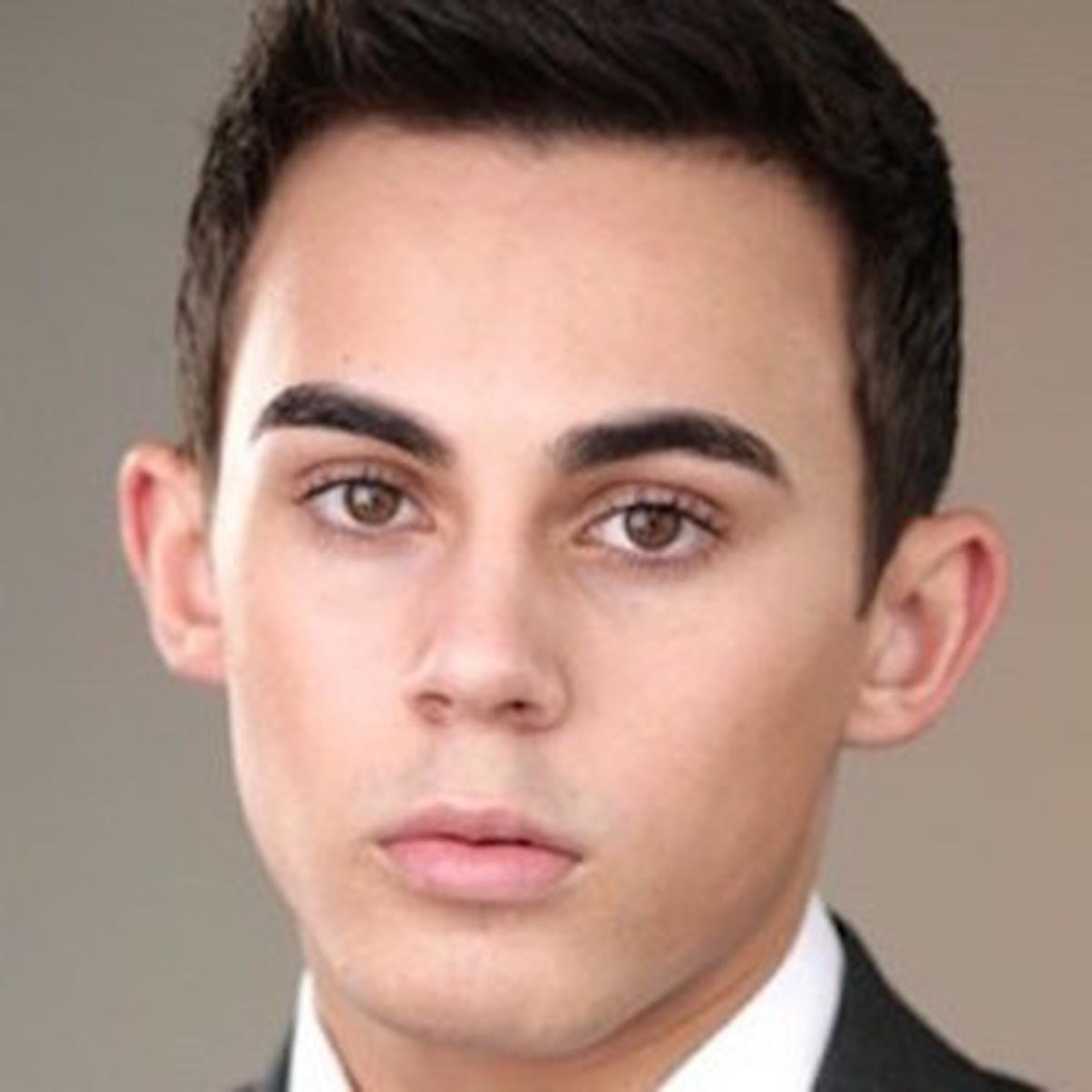 Tyler Alvarez
