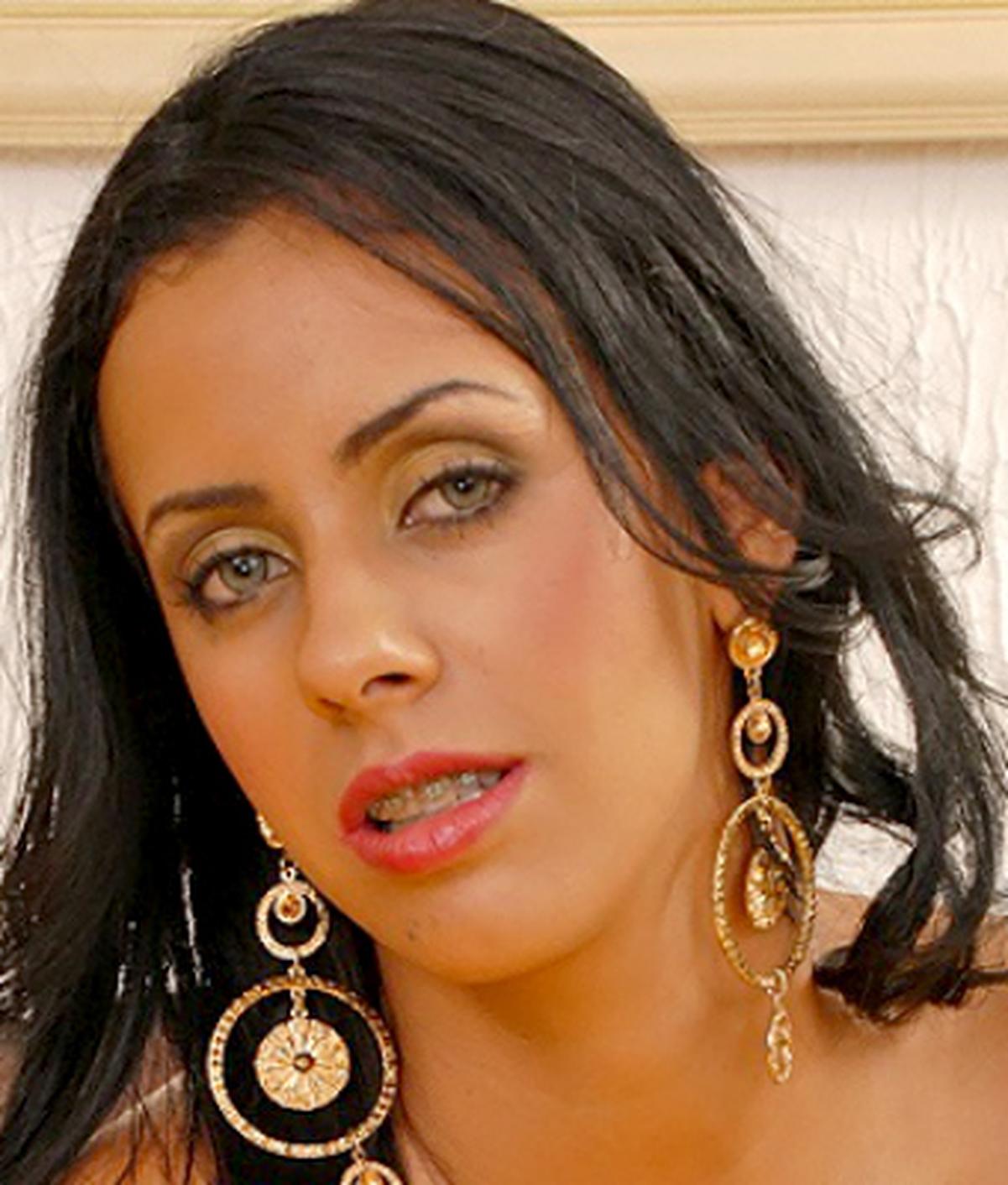 Nicolle Bitencourt